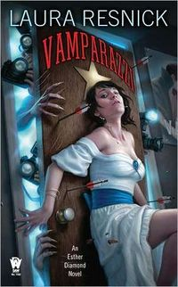Vamparazzi by Laura Resnick