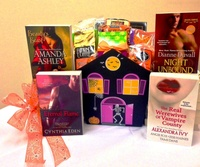 ENTER TO WINHALLOWEEN'S HOTTEST PARANORMAL BOOKS& A HAUNTED HOUSE OF FESTIVE TREATS!